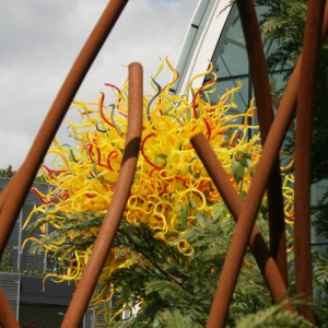 Chihuly: Garden and Glass